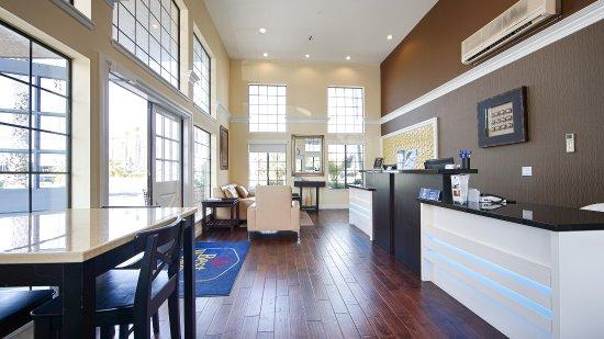 BEST WESTERN Palm Garden Inn: Lobby