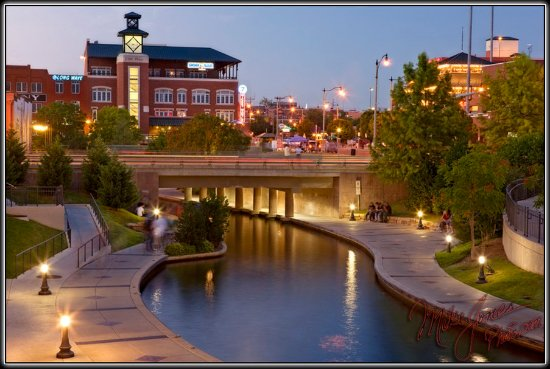Best Western Greentree Inn & Suites: River Walk OKC