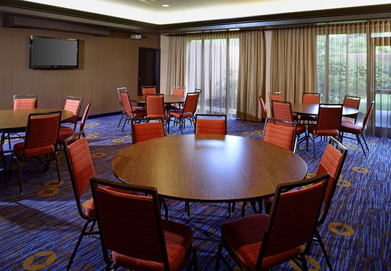Newark, OH: Meeting Room