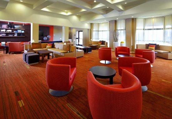 Altoona, Πενσυλβάνια: Lobby Lounge