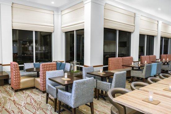 อินดิเพนเดนซ์, มิสซูรี่: Spacious Lobby Seating