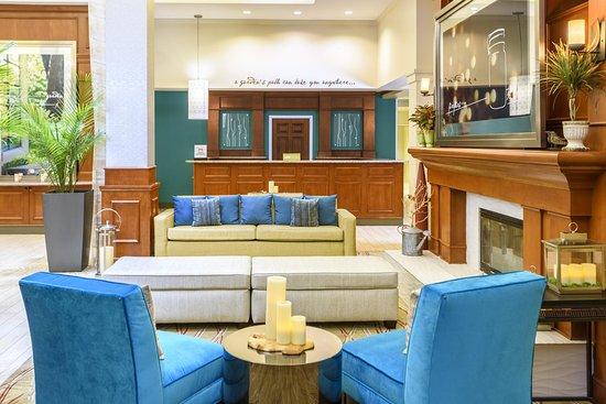 อินดิเพนเดนซ์, มิสซูรี่: Comfortable Lobby Seating