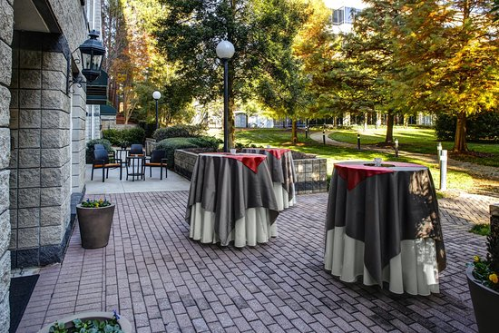 Alpharetta, GA: Event Level Patio