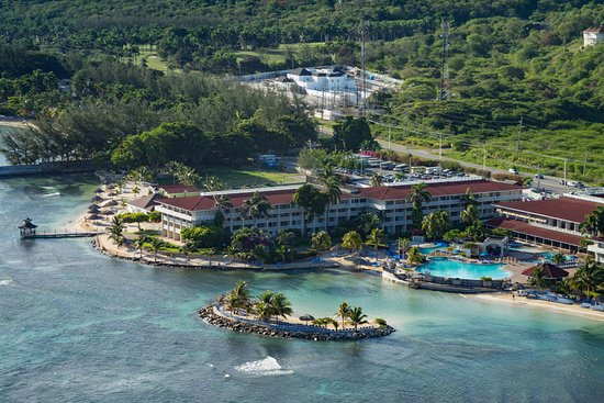 Holiday Inn Resort Montego Bay Hotel
