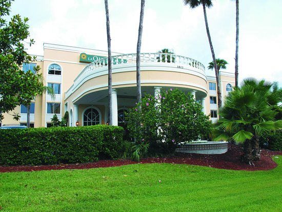 La Quinta Inn & Suites Sarasota Downtown: ExteriorView