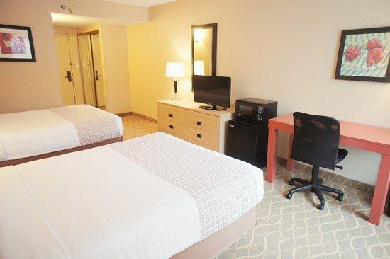 Elmsford, Νέα Υόρκη: Guestroom DD 1