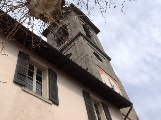 Ossuccio, Italia: Campanile del Santuario
