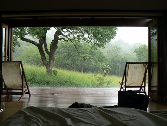 Lavumisa, Swaziland: Relaxing rainy morning