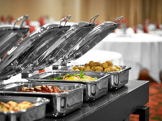 Fort McMurray, Canada: First Class Banquet Buffets