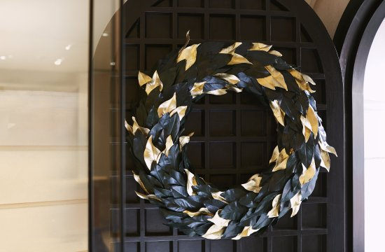 COMO The Halkin : Halkin Christmas Wreath
