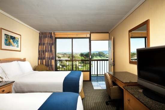 Seaside, CA: Our 2 Double Bed guest rooms are perfect for families!