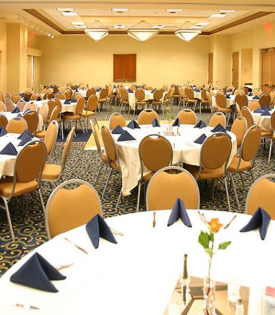 SpringHill Suites Norfolk Virginia Beach: Meeting Room Banquet