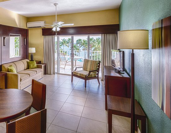 Elysian Beach Resort: Elysian Studio Suite Living Area