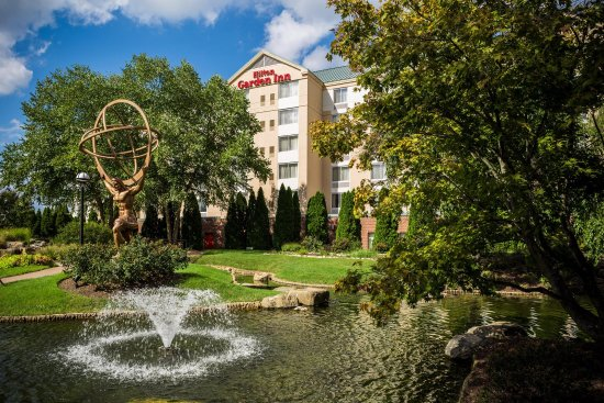 里奇蒙茵斯布魯克希爾頓花園酒店