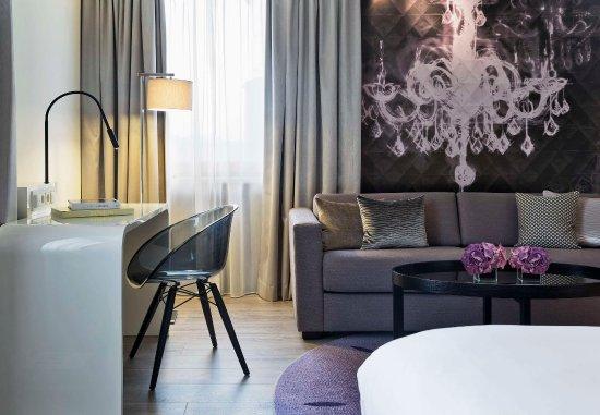 르네상스 비엔 호텔