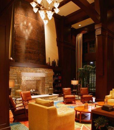 Renaissance Birmingham Ross Bridge Golf Resort & Spa: Lobby Library
