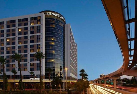 Renaissance Las Vegas Hotel: Exterior