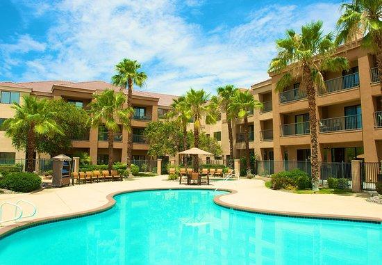 棕櫚沙漠萬怡酒店