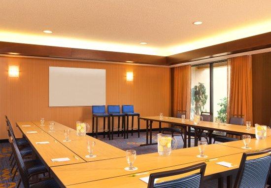 Courtyard Hartford Manchester: Meeting Room