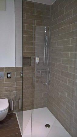 Hotel City Maribor: 601 Dusche