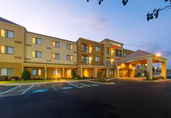 Albany Courtyard by Marriott