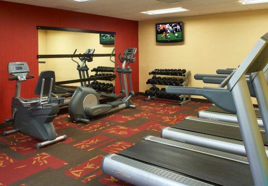 Naperville, IL: Fitness Center