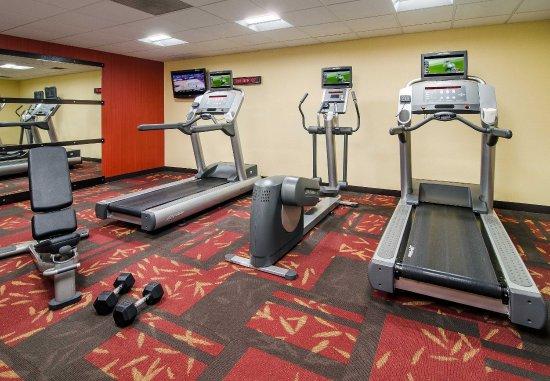 Courtyard Charlotte Arrowood: Fitness Center