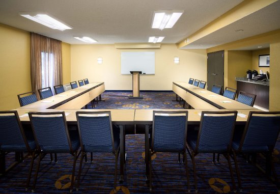 Courtyard Fort Myers Cape Coral: Meeting Room   U-Shape Setup