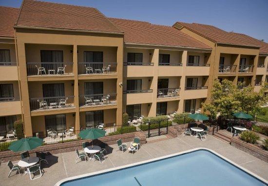 Cupertino, CA: Outdoor Pool