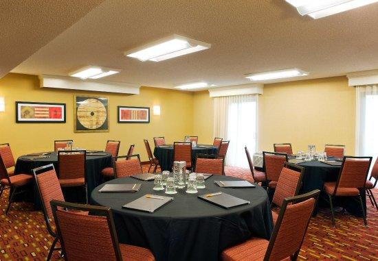 Larkspur, CA: Meeting Space