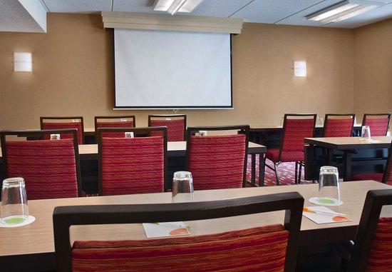 Courtyard Poughkeepsie: Meeting Room