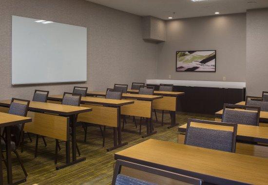 นอร์ครอส, จอร์เจีย: Meeting Room