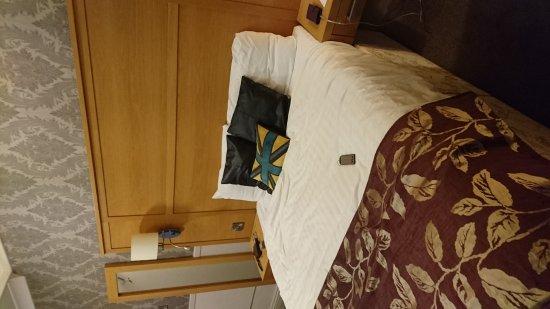 Ambassador Hotel: DSC_0171_large.jpg