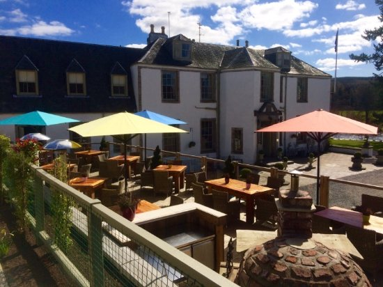 Banchory, UK: Outdoor terrace