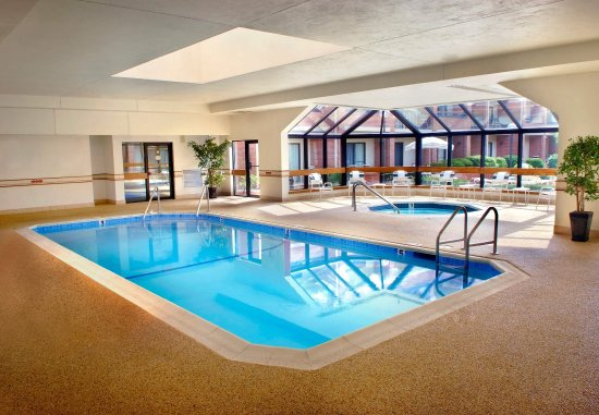 Courtyard Boston Foxborough/Mansfield : Indoor Pool
