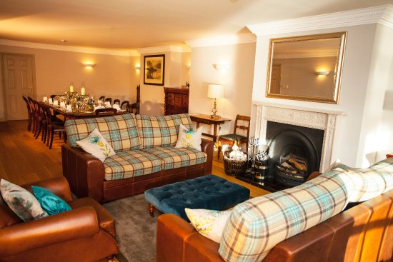 Banchory, UK: Cobbleheugh lounge and dining area