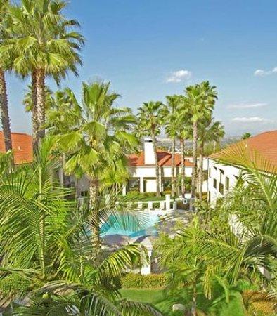 Hacienda Heights, CA: Outdoor Pool Area