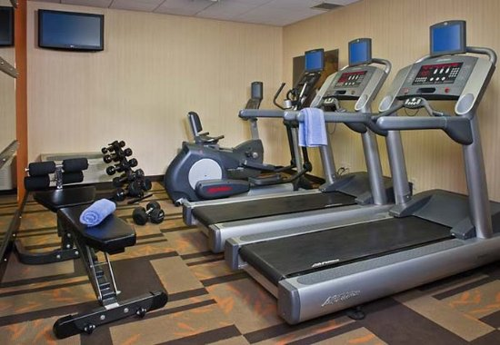 Courtyard Hanover Whippany: Fitness Center