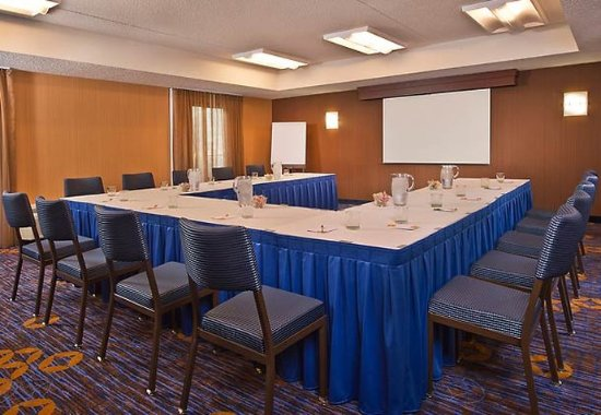 Courtyard Hanover Whippany: Meeting Room