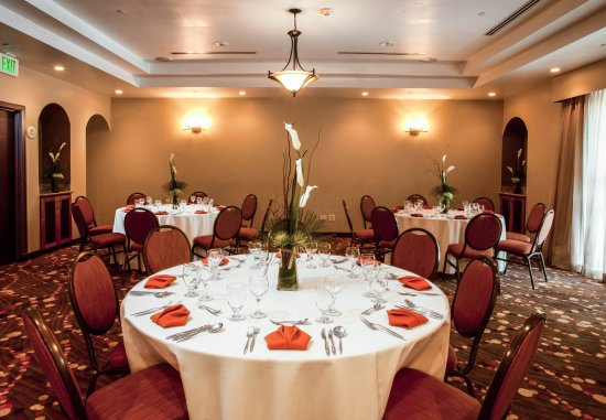 Courtyard Port of Spain: Meeting Room - Banquet Style