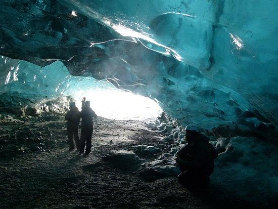 Hofn, Islandia: blaue Höhle