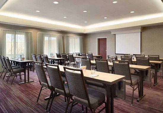 Beavercreek, OH: Meeting Room - Classroom Setup