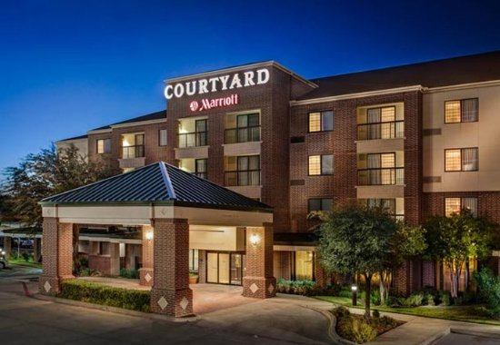 Courtyard by Marriott Dallas DFW Airport South/Irving is preferred among hotels near DFW Airport