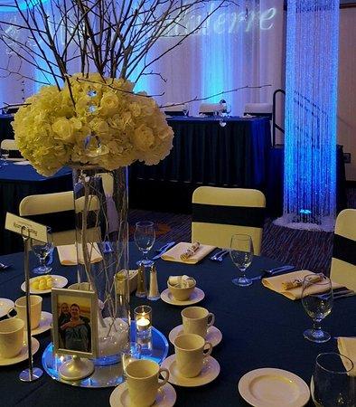 Courtyard Fargo Moorhead, MN: Wedding Décor Details