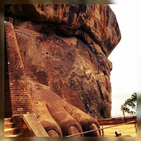 Citadel of Sigiriya - Lion Rock: Lion Rock