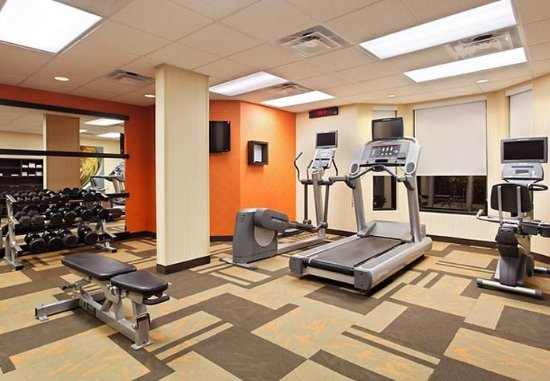 Courtyard Tampa North/I-75 Fletcher: Fitness Center