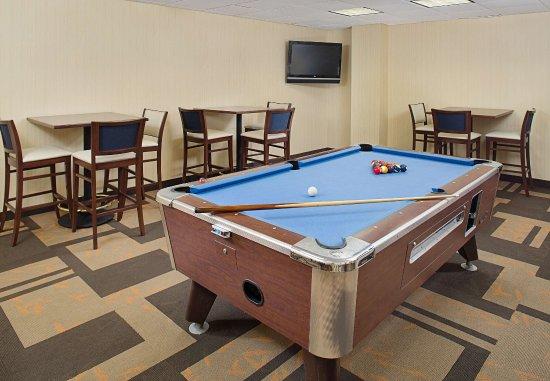 Montvale, NJ: Billiard Room