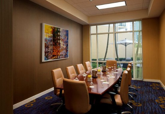 Courtyard Miami Dadeland: Conference Room