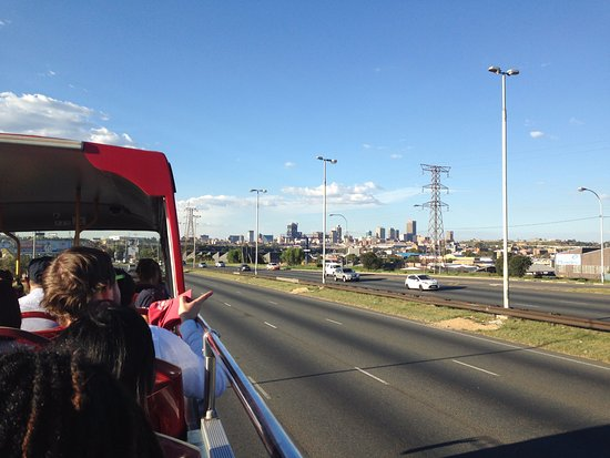 City Sightseeing Joburg: on the road
