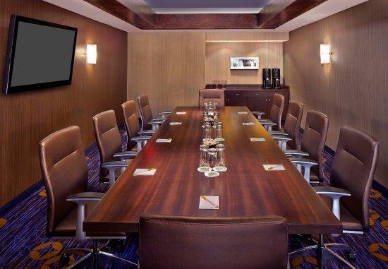Courtyard Orlando East/UCF Area : Executive Boardroom